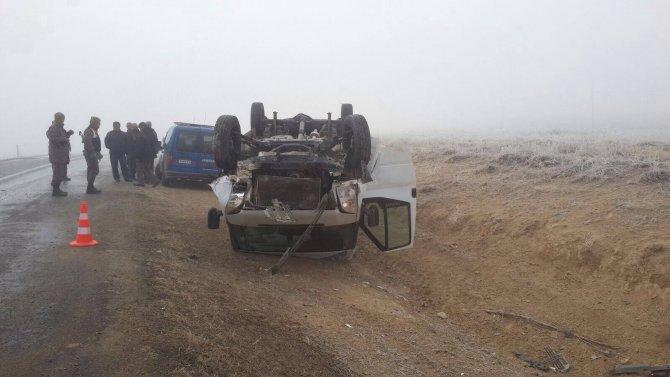 TEOG kursuna giden öğrencileri taşıyan minibüs kaza yaptı: 1 ölü, 6 yaralı