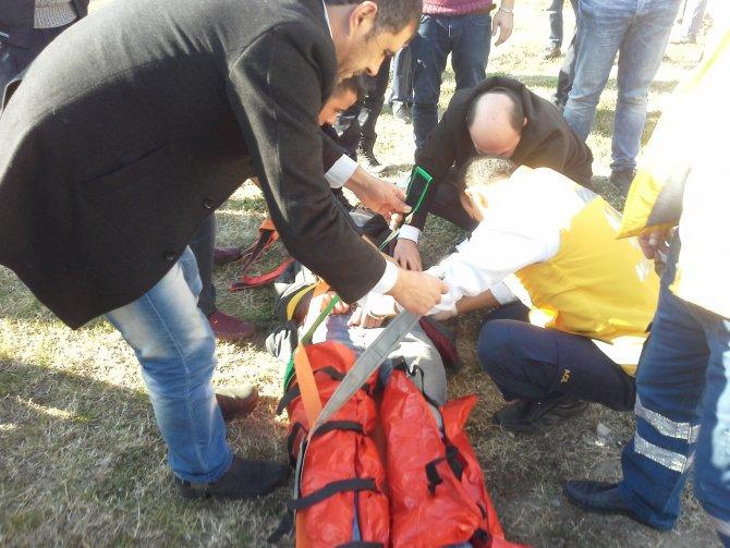 Otogar kavşağında motosiklet kazası: 2 yaralı