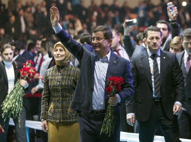 Davutoğlu HDP'li Vekillere Sert Çıktı