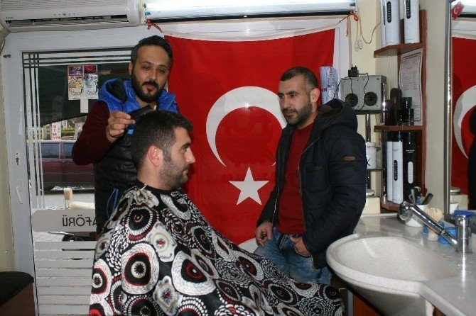 Altınova'da Berberlerden Hafta Sonu Tatili Uzlaşması