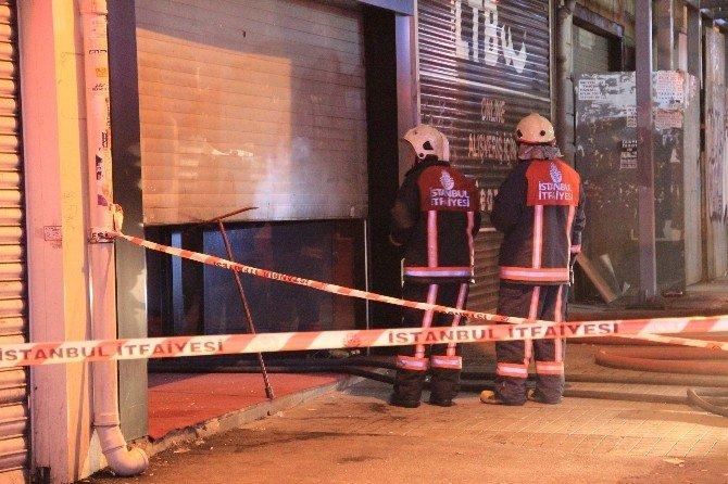 Gs Store Mağazasında Korkutan Yangın