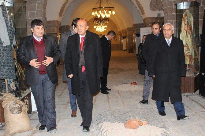 AFAD Başkanı Dr. Fuat Oktay, Kervansaray'ı Ziyaret Etti