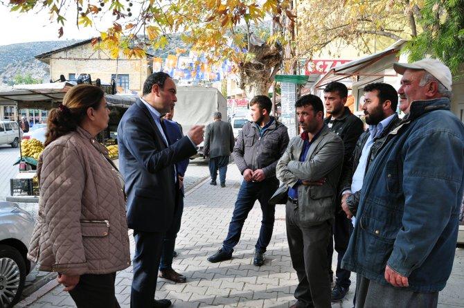CHP Milletvekili Zülfikar İnönü Tümer, Karaisalı'da esnafı ziyaret etti