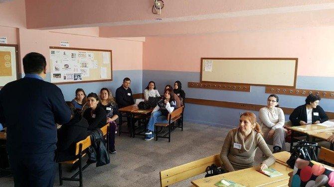 """Dinar'da """"Çözüm Odaklı İletişim"""" Semineri"""