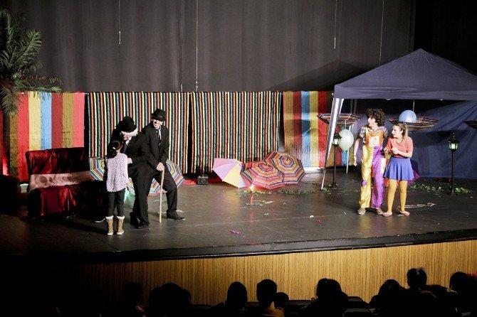 Maltepe Belediyesi'nden Çocuklara Tiyatro Keyfi