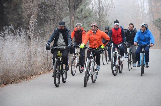 Müezzinoğlu: 2016 yılında 300 bine yakın bisiklet dağıtılacak
