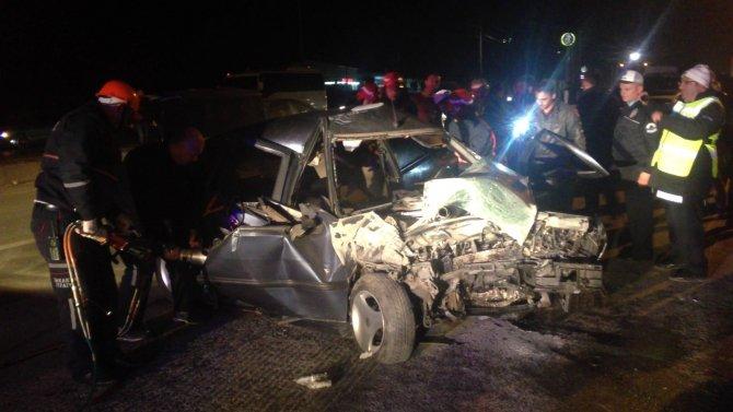 Sakarya'da iki ayrı kaza: 2 ölü, 13 yaralı