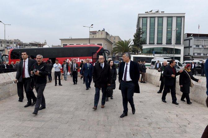 Tarihi Kentler Birliği toplantısı şehir turu ile son buldu