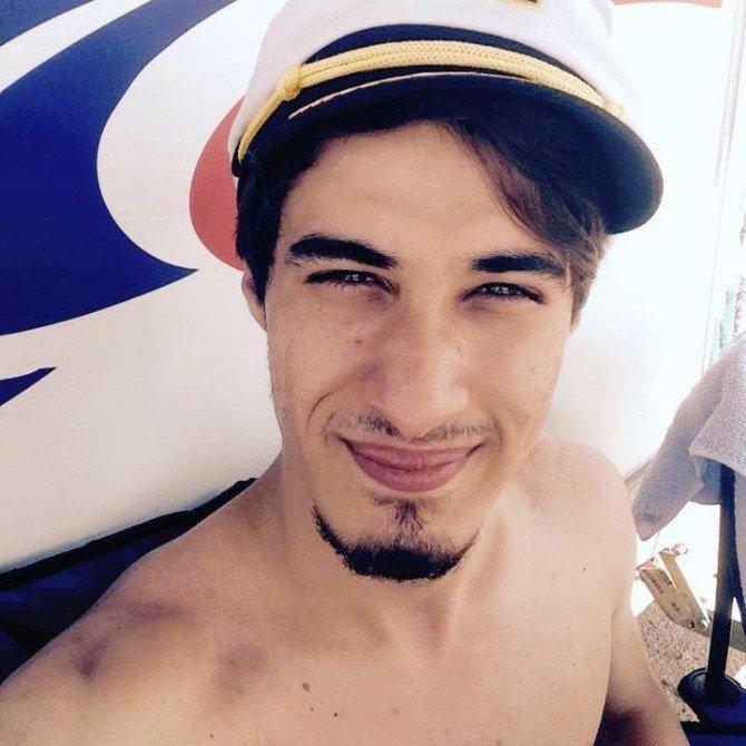 Selfie Çekerken Ölen Gençlerin Son Görüntüleri