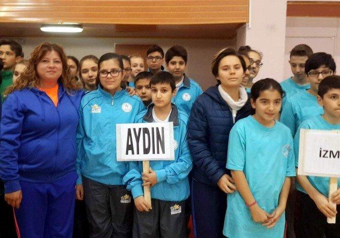 Aydın, Analig Masa Tenisi Turnuvasına Hızlı Başladı
