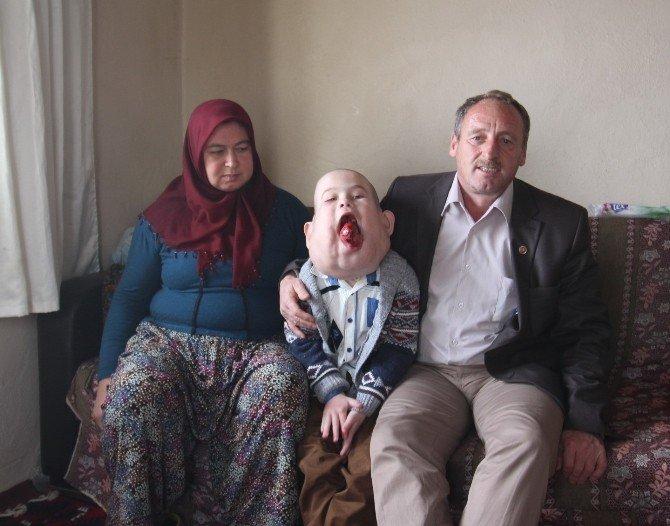 Hasta İsmail'e Başbakanlık Sahip Çıktı