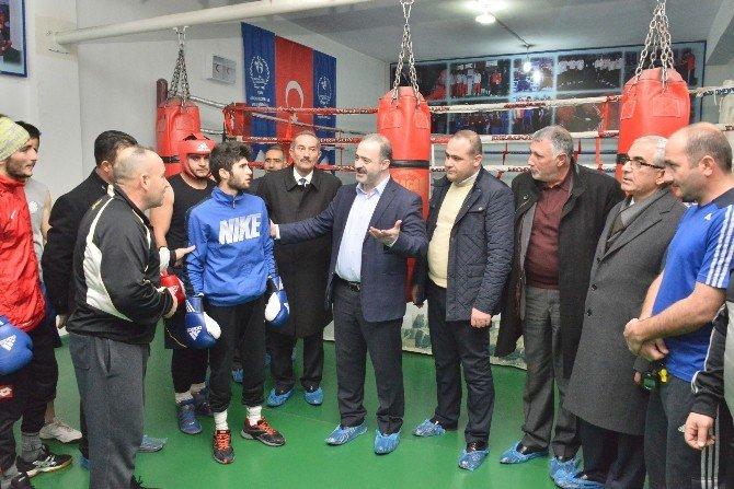 Tuşba Belediyesi Spor Kulübü Boks Takımı Türkiye Finallerinde