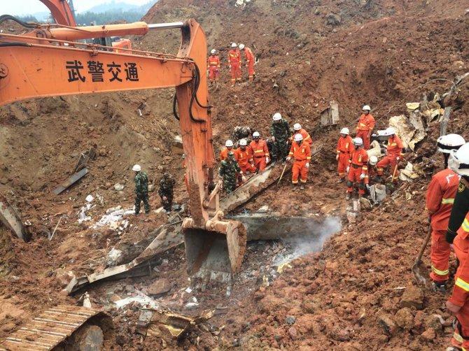 Çin'deki heyelanda çelişkili rakamlar