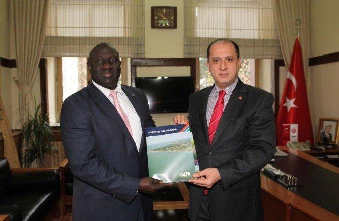 Gambiya Büyükelçisi Badjie'den Vali Çomaktekin'e Ziyaret