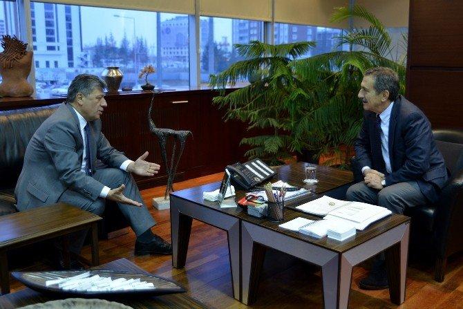 Mustafa Balbay Başkan Ataç'ı Ziyaret Etti
