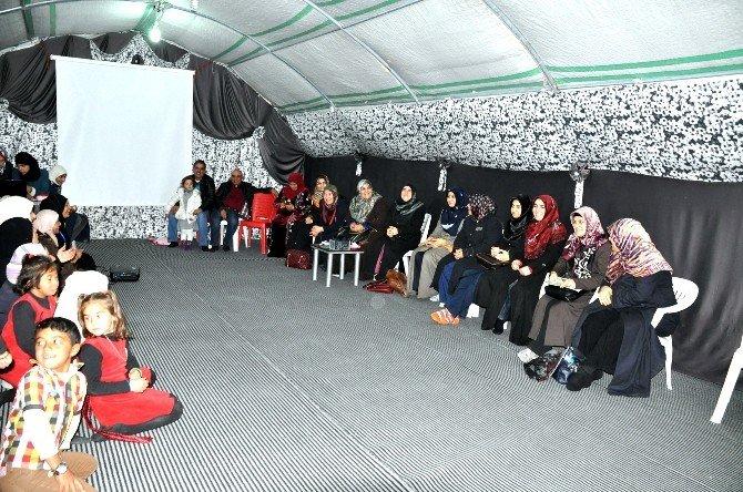İlk Öncüler Şanlıurfa Derneği Çadır Kentteki Kadın Meclisini Ziyaret Etti.