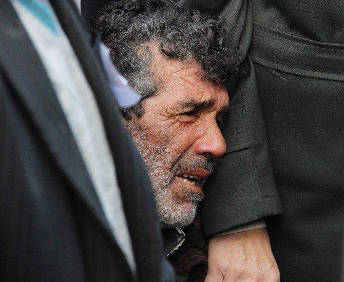Şehit Erdoğan Kaya'nın Cenazesi Cem Evinden Kaldırıldı