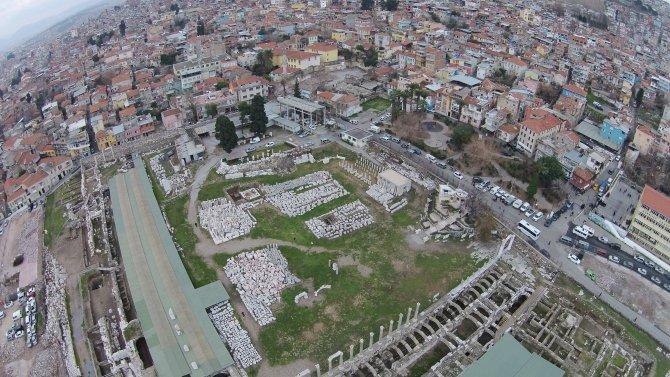 Agora-Kadifekale-Kemeraltı aksındaki tarihî doku korunacak