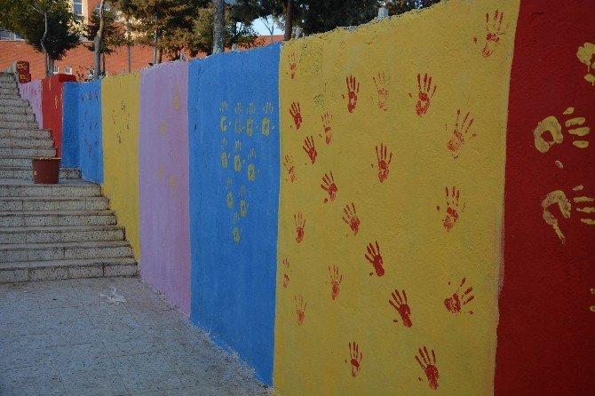 Kilis Belediyesi İle Okullar Rengarenk