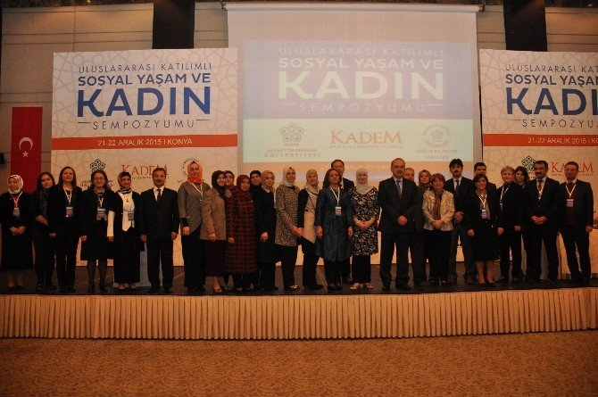 Uluslararası Katılımlı Sosyal Yaşam Ve Kadın Sempozyumu Başladı