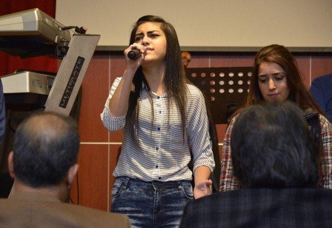 'Mersin Sesini Arıyor' Yarışmasında Ön Eleme Turu Yapıldı