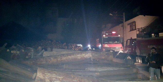 Marangoz Atölyesindeki Yangın Korkuttu
