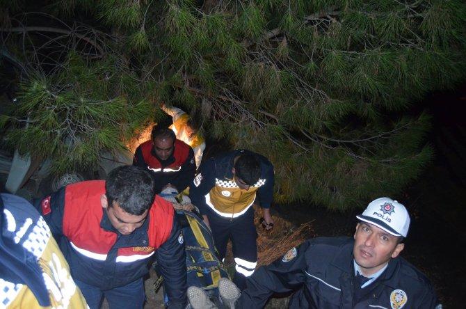 Uçuruma yuvarlanan otomobilin kadın sürücüsü güçlükle kurtarıldı