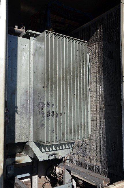 Sur'da Elektrik Altyapısı Ciddi Zarar Gördü