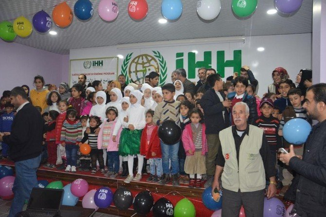 Şanlıurfa'da Suriyeli Yetimlere Yardım Yapıldı