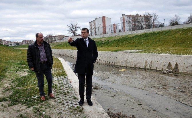 Çerkezköy Belediye Başkanı Akay, Dereleri İnceledi