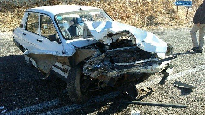 Adıyaman'da Kaza: 2 Yaralı