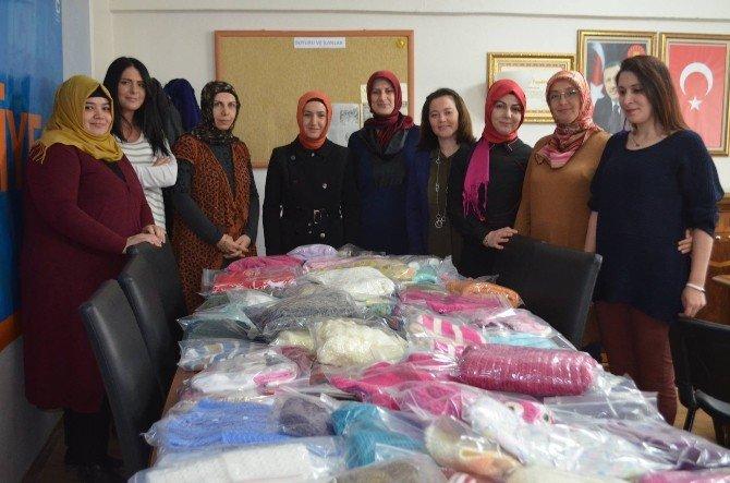 Sevgi Yumağı Projesi İle 300 Kişiye Yardım Eli Uzatıldı