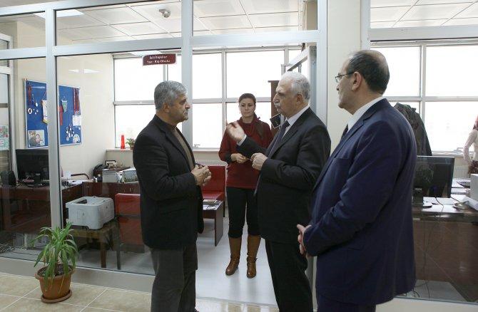 Öğrenci İşleri Daire Başkanlığı ve Dış İlişkiler Ofisi yeni binası açıldı