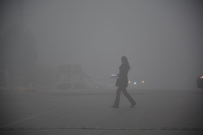 Balıkesir'de yoğun sis etkili oluyor