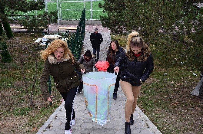 Mahalle Muhtarından Bayan Sporculara Özel Servis