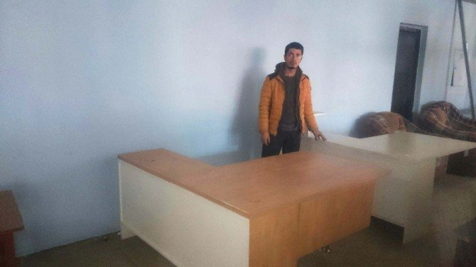 Garanti Bankası'ndan Köy Okullarına Yardım