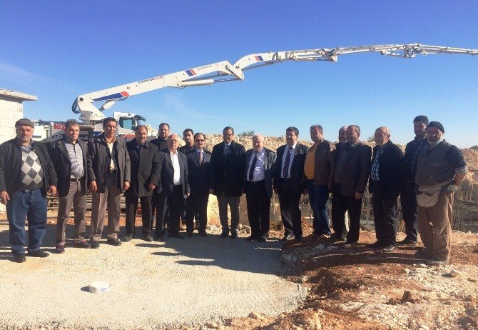 Nizip'te Cami Temeli Atıldı