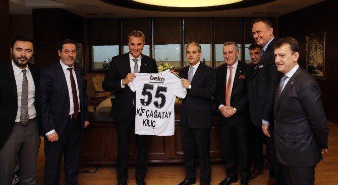 Bakan Çağatay Kılıç, Beşiktaş Yönetimini Kabul Etti