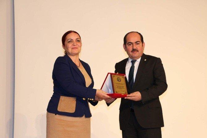 """""""Güncel Gelişmeler Işığında Suriye Türkmenleri"""" Konferansı"""