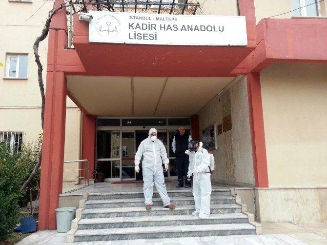 Maltepe'deki Okullar İlaçlandı