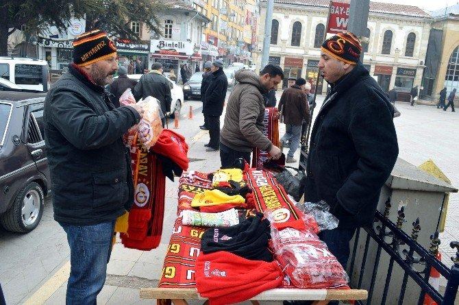 Kastamonuspor - Galatasaray Maçının Biletleri Tükendi