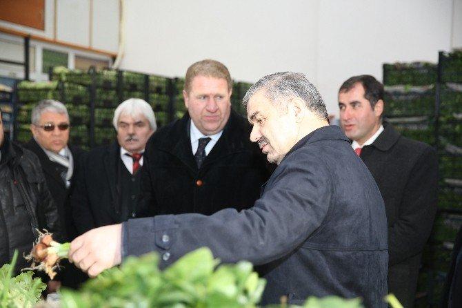 Başkan Çelik'ten Hal Hatır Ziyareti