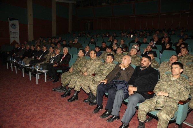 'Kıbrıs Şehitlerini Anma' Konulu Konferans Gerçekleştirildi