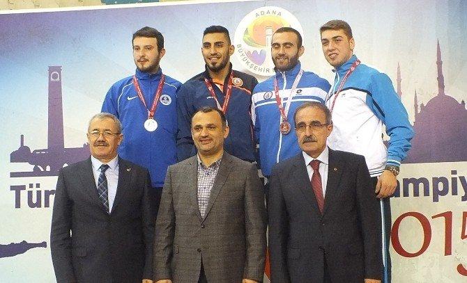 Kağıtspor, Adana'dan 5 Madalya İle Döndü