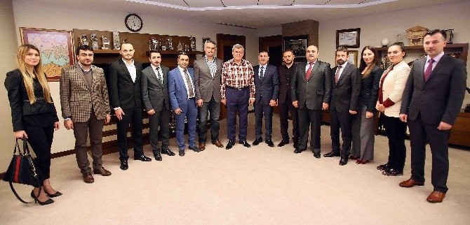 Başkan Karaosmanoğlu, Trabzonluları Ağırladı