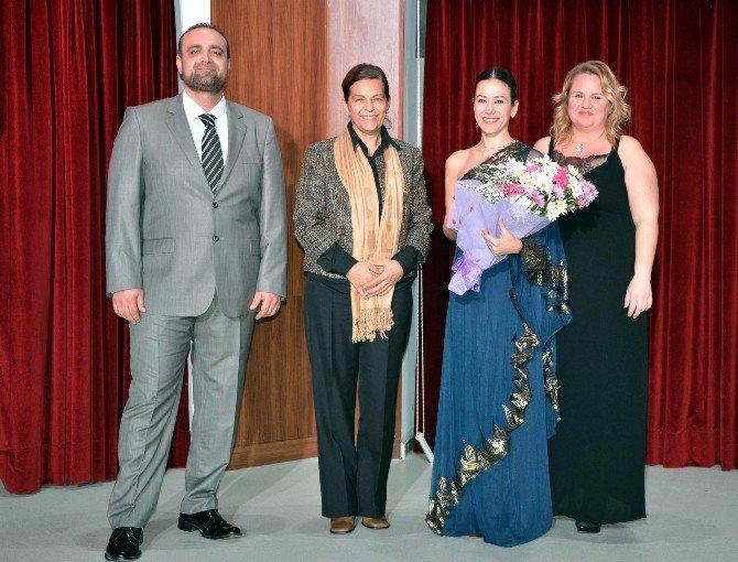 Namık Kemal Üniversitesi'nde İstanbul Devlet Opera Ve Solistleri Konseri