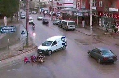 Osmaniye'de Trafik Kazaları MOBESE'de