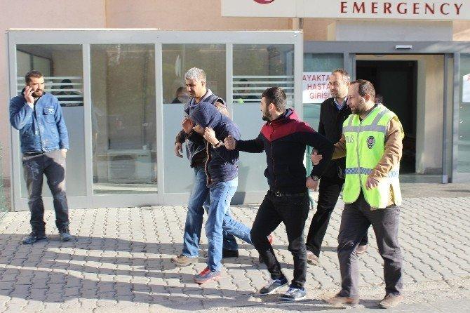 Okul Soyan Hırsızlar Yakalandı