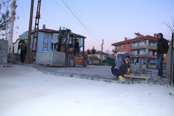 Sorgun Belediyesi Yol Ve Kaldırım Çalışmalarını Aralıksız Sürdürüyor