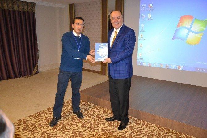 Kodla(ma)nisa Projesi Türkiye'ye Örnek Olacak